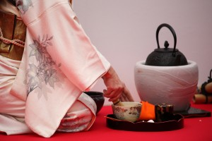 Outdoor_Tea_Ceremony[1]